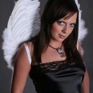 Nocny anioł - stylizacja - Galeria Piękna Częstochowa